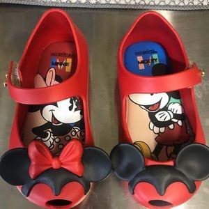 New w/o box Mini Melissa Disney shoes size 6